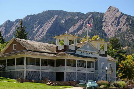 1024px-Colorado_Chautaqua_Dining_Hall